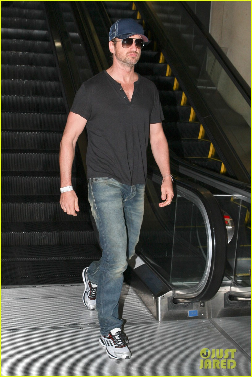 gerard butler see ya later la 04