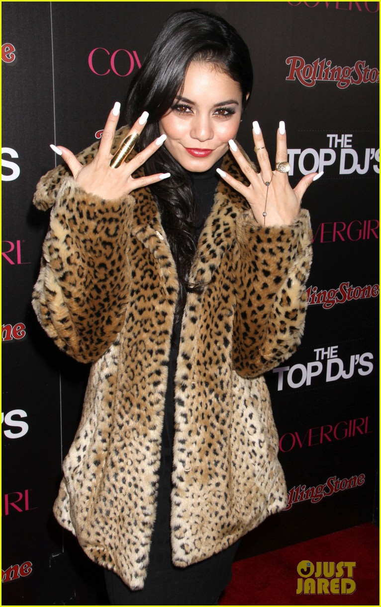 vanessa hudgens rolling stone party with austin butler 09