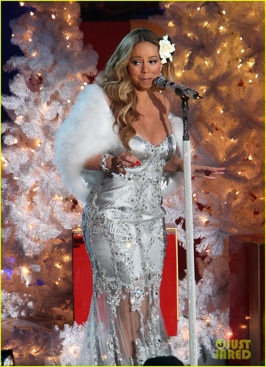 mariah carey rockefeller center tree lighting performance 24