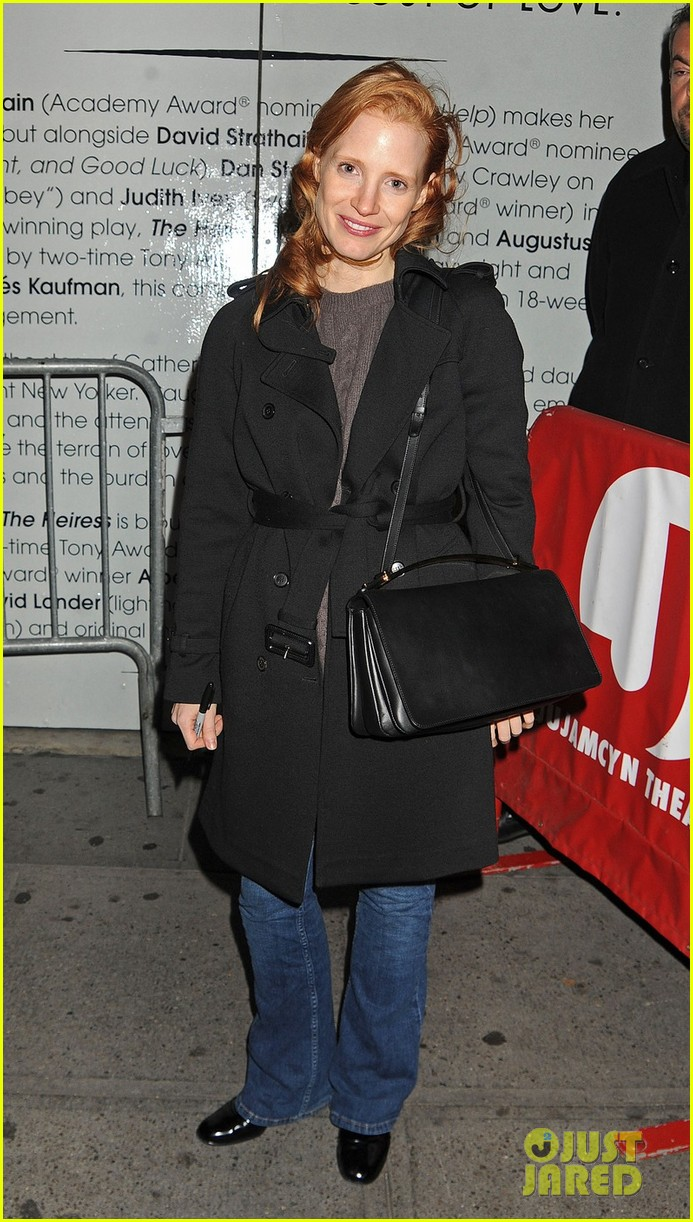jessica chastain dan stevens heiress stage door exit 01