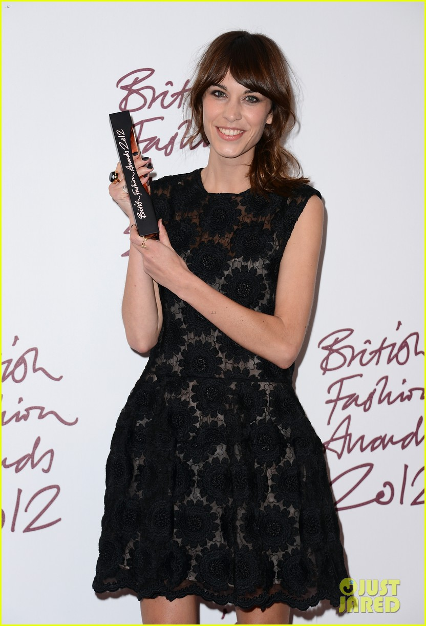 alexa chung cara delevingne british fashion awards winners 11
