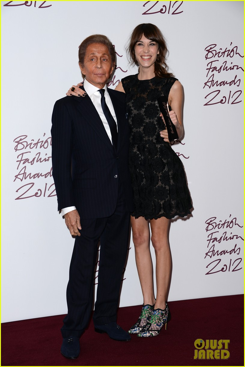 alexa chung cara delevingne british fashion awards winners 132764814