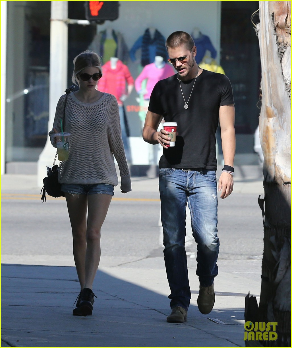 chad michael murray kenzie dalton starbucks sweeties 01