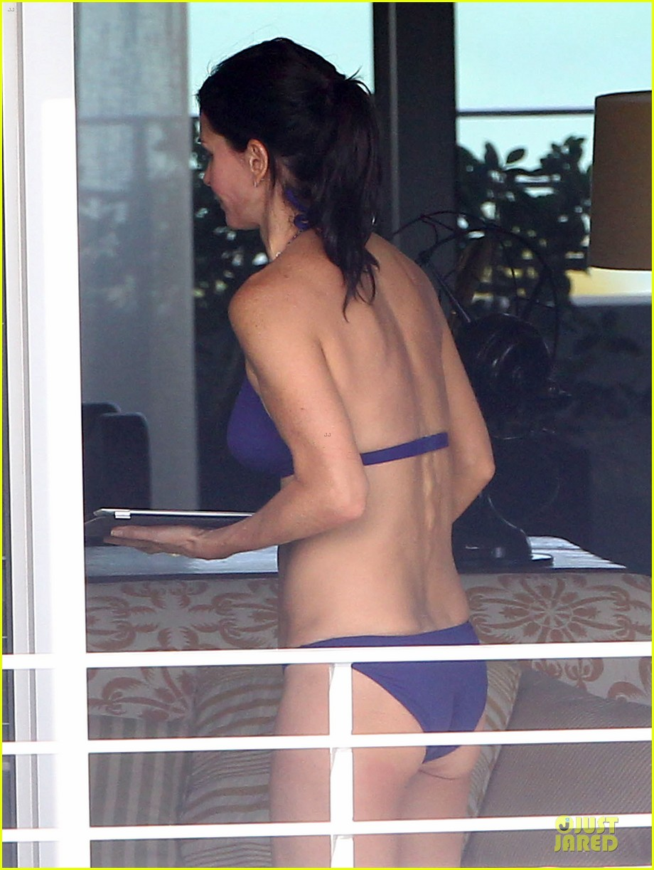 courteney cox miami bikini mama 08