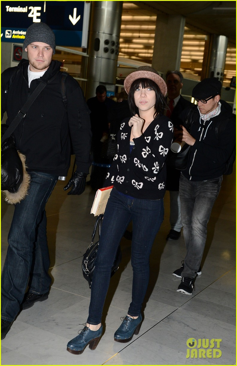 carly rae jepsen pretty in paris 18