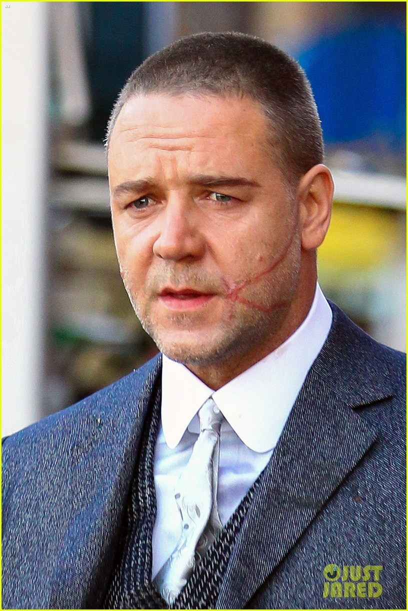 russell crowe facial scar for winters tale 02