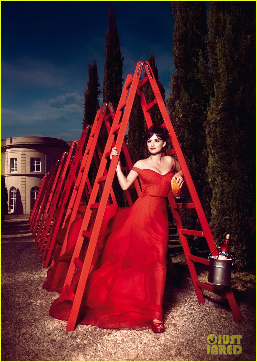 penelope cruz campari calendar images 01