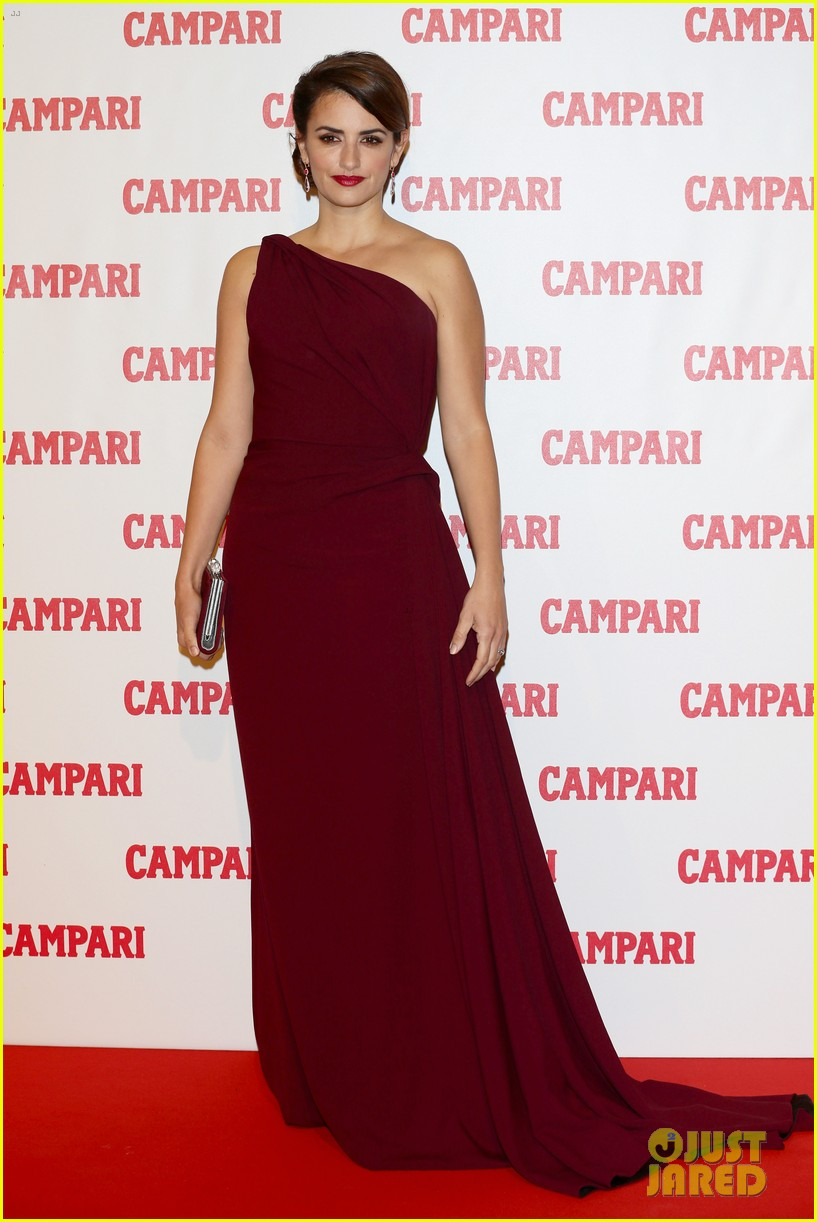 penelope cruz  campari calendar launch event 05