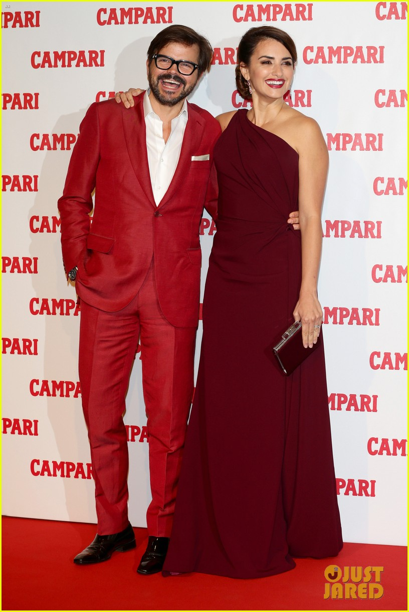penelope cruz  campari calendar launch event 062756875