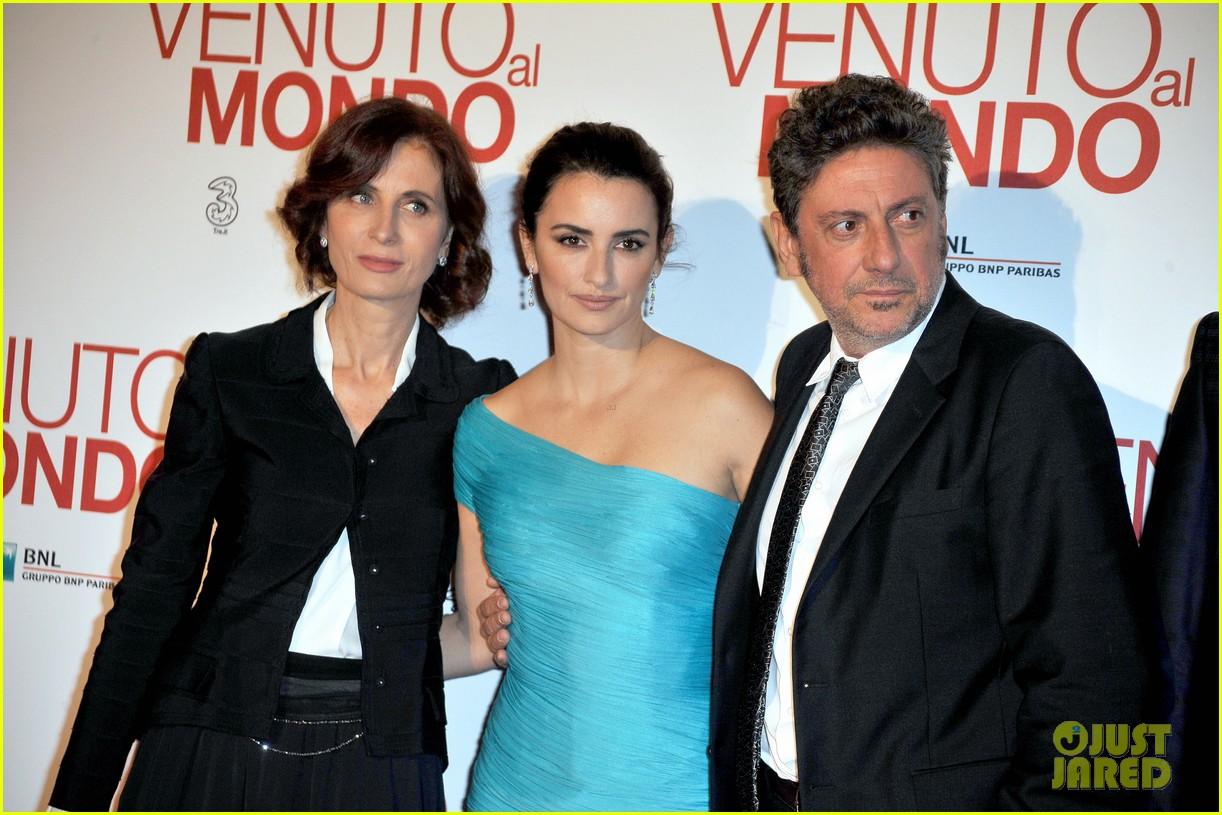 penelope cruz twice born rome premiere 14