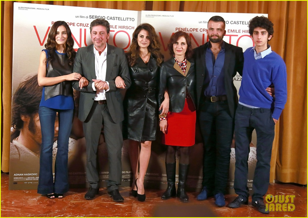 penelope cruz twice born rome photo call 05