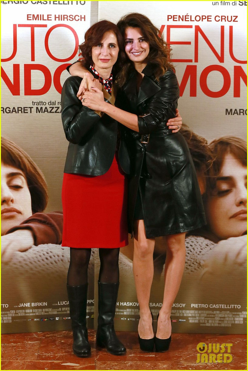 penelope cruz twice born rome photo call 15