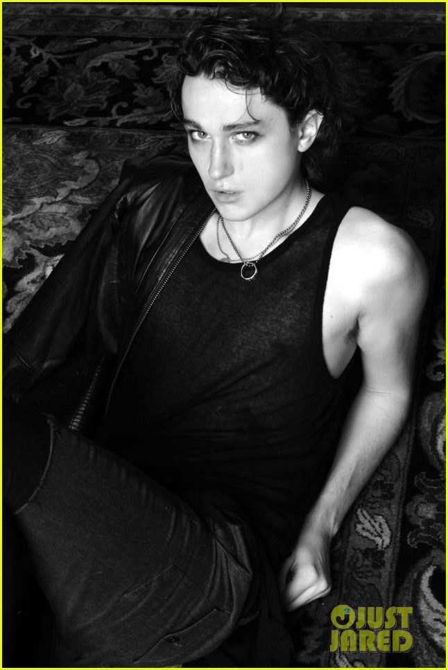 braison cyrus miley cyrus brother makes modeling debut 04