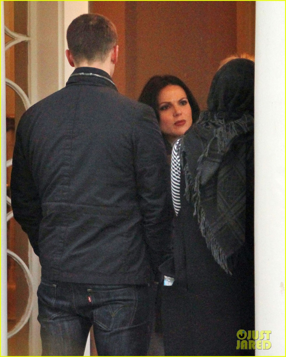 josh dallas protects ginnifer goodwin on once upon a time set 10