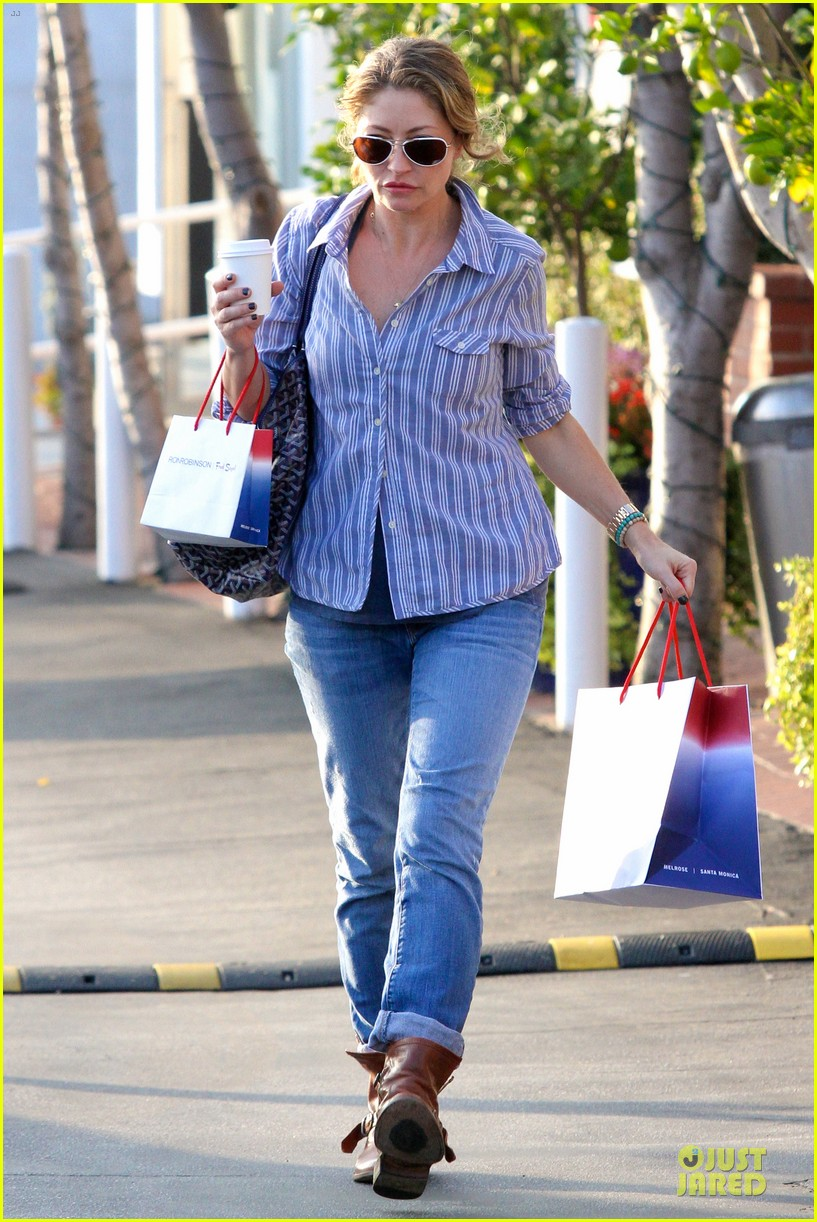 eric dane rebecca gayheart holiday shopping with billie 14