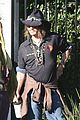 johnny depp plays daddy at school fundraiser 04