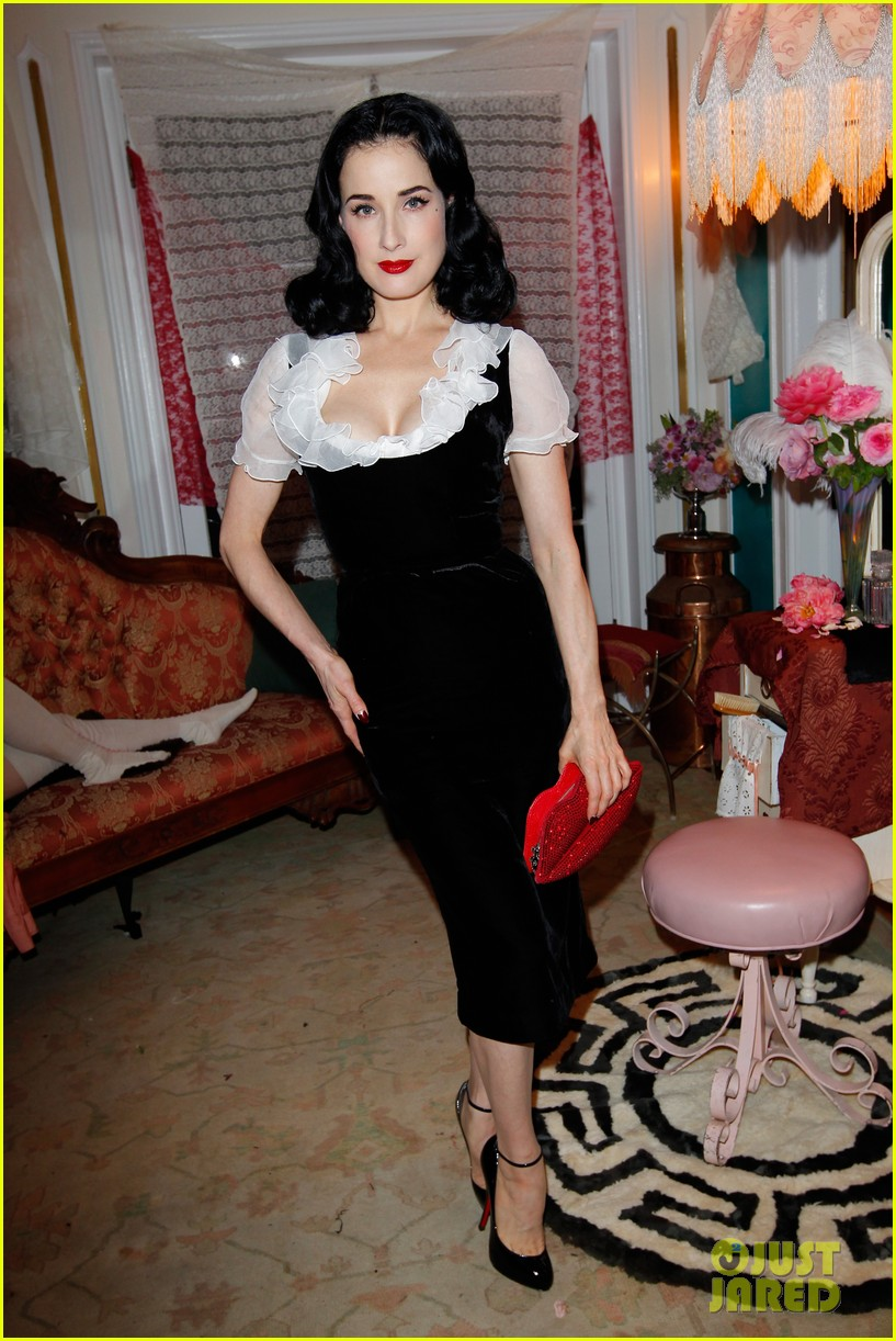 dita von teese jena malone the painted lady short film debut 01