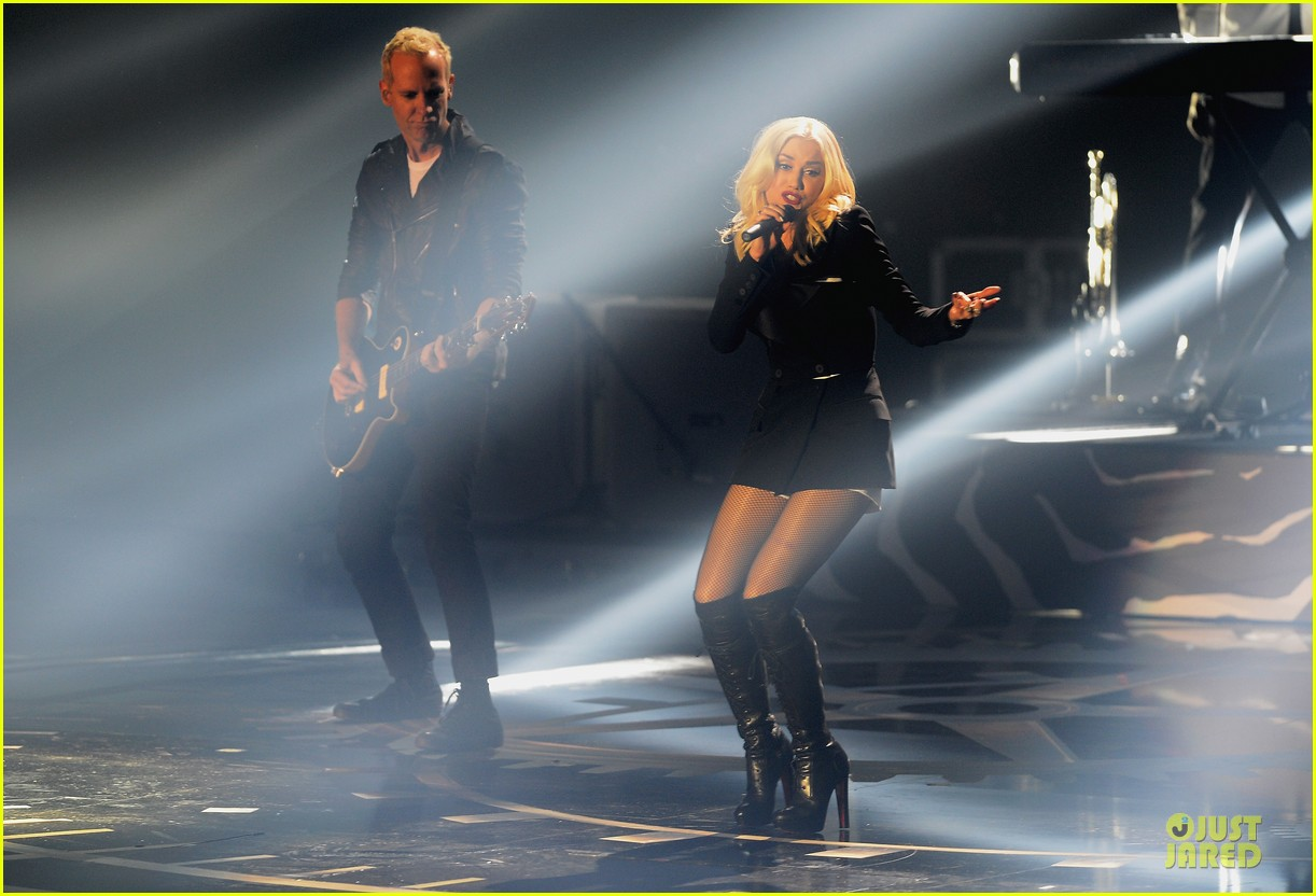 no doubt mtv emas performance watch now 09