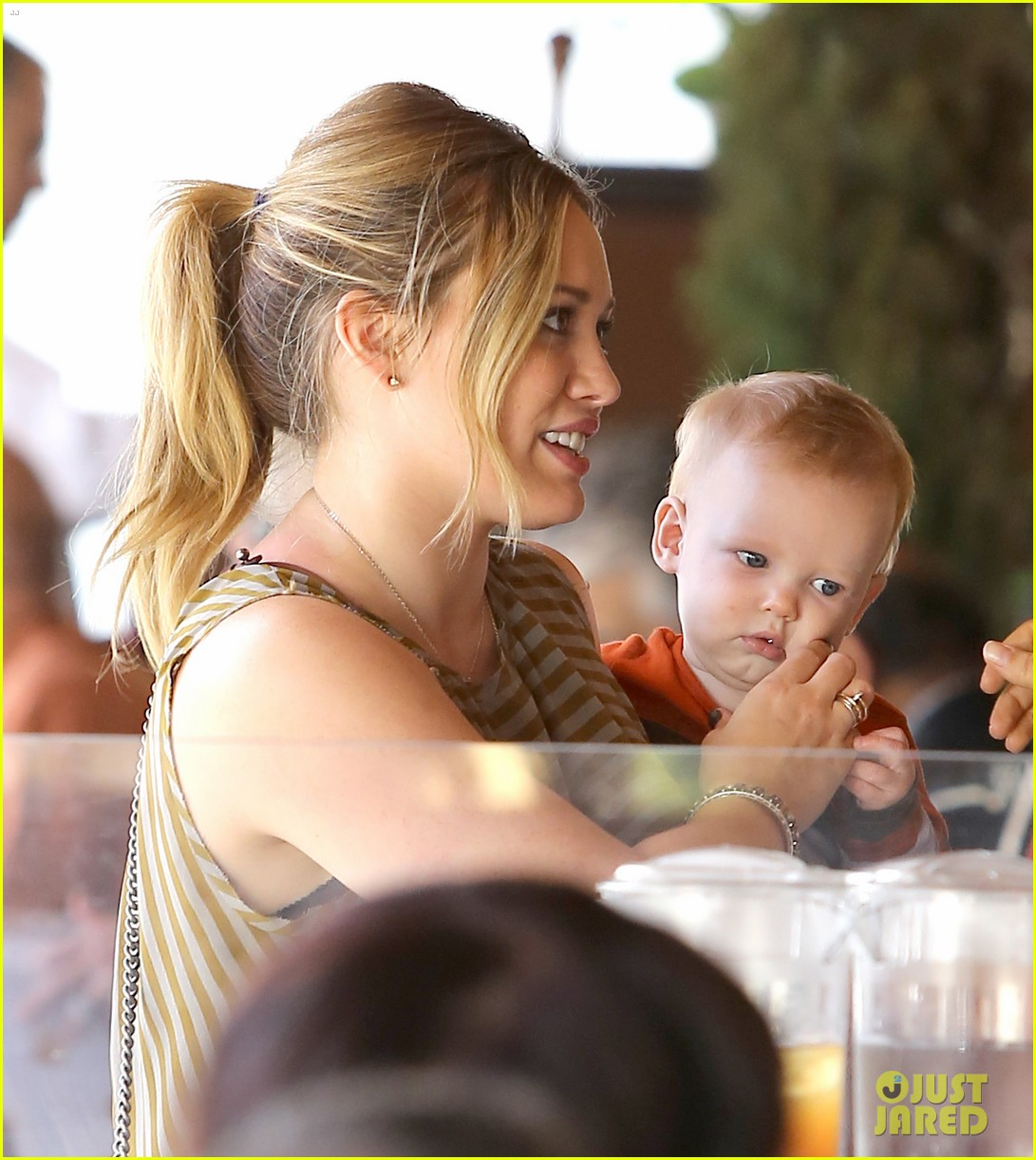hilary duff baby luca is crawling photo 2749225