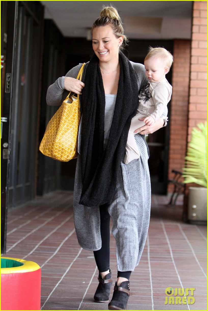 hilary duff harley pasternak fitness mom 052759045