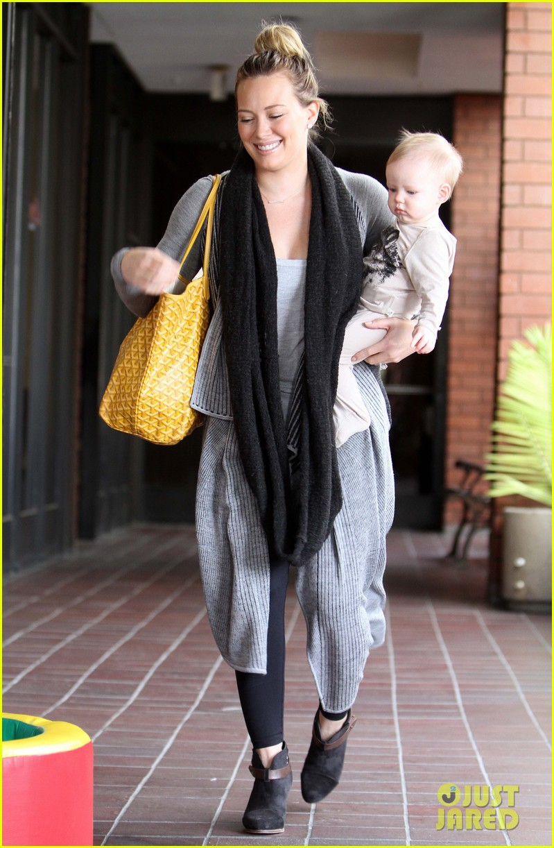 hilary duff harley pasternak fitness mom 092759049