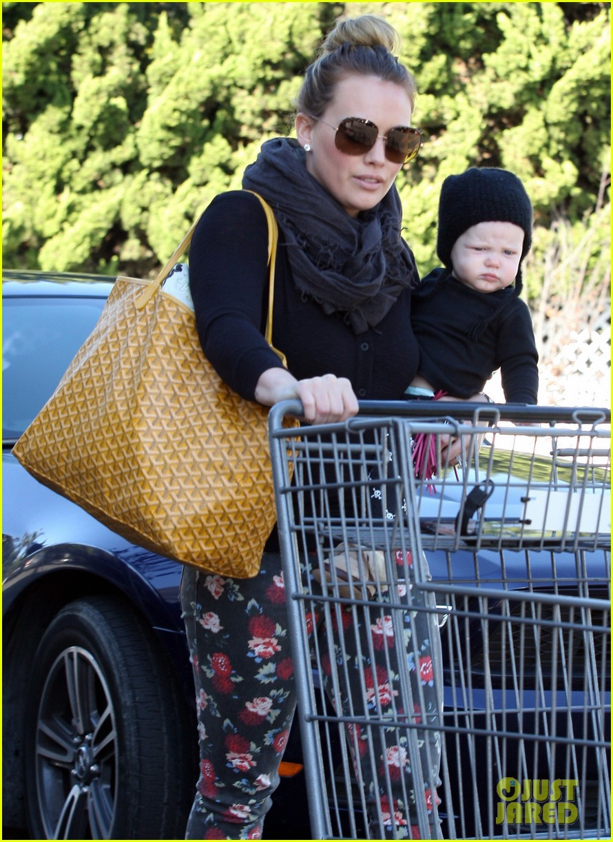 hilary duff bristol farms shopping with luca 022755851