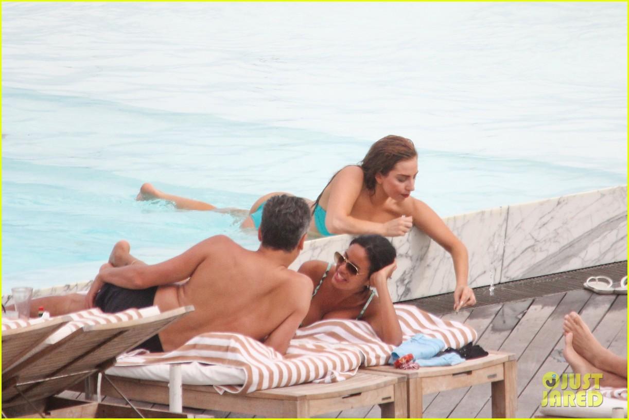 lady gaga bikini poolside babe 06