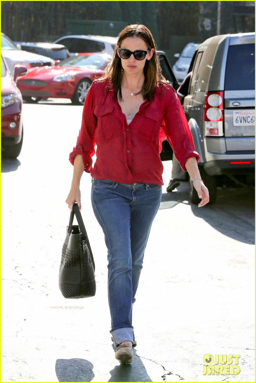 jennifer garner ben affleck family dinner in brentwood 15