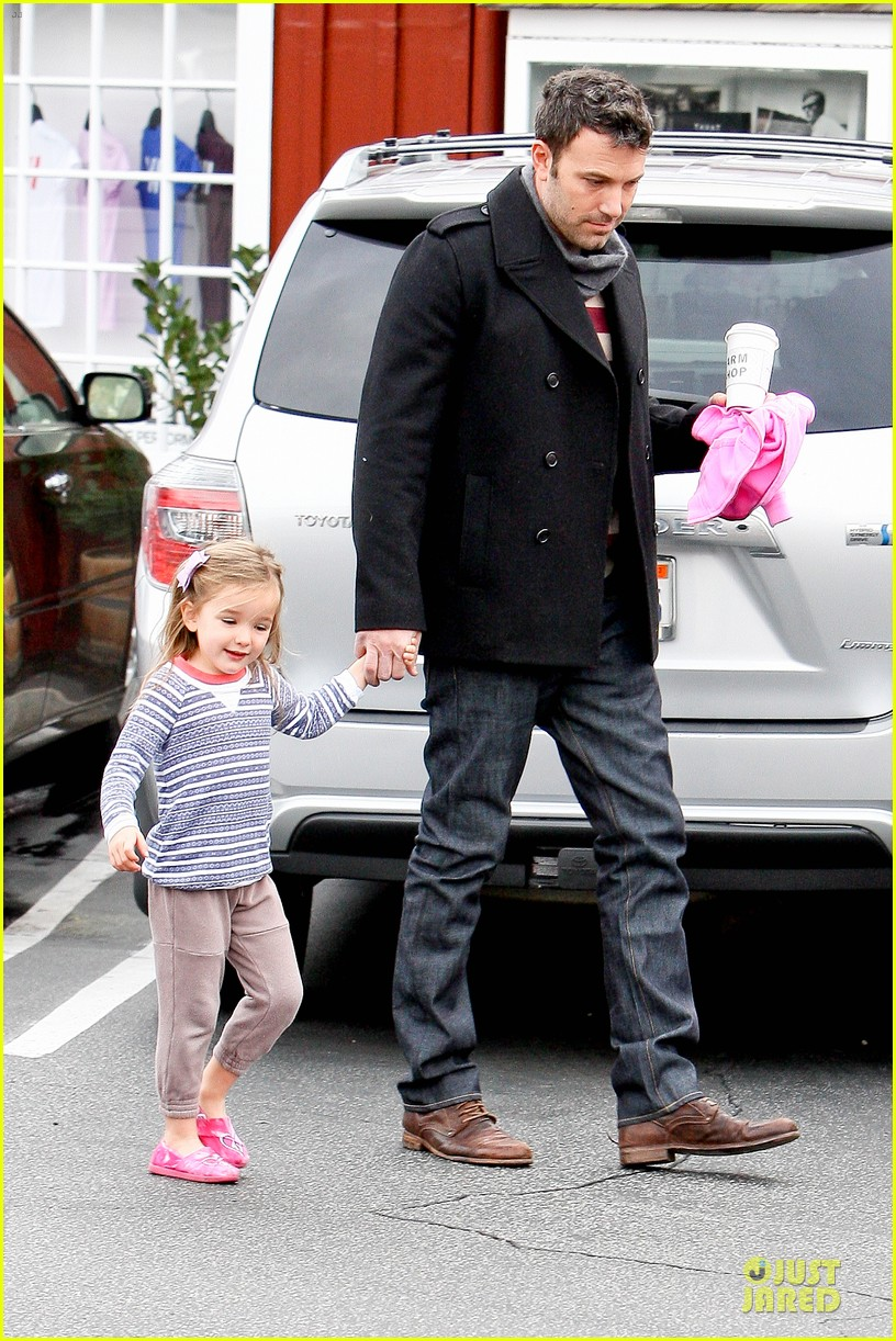 jennifer garner ben affleck kids karate class pick up 15