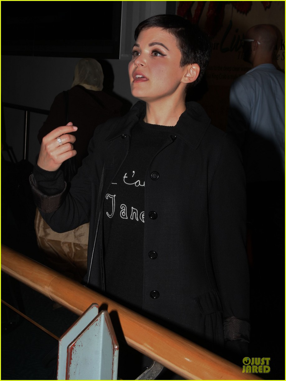 ginnifer goodwin jennifer morrison is who i want to spend my life with in another country 08