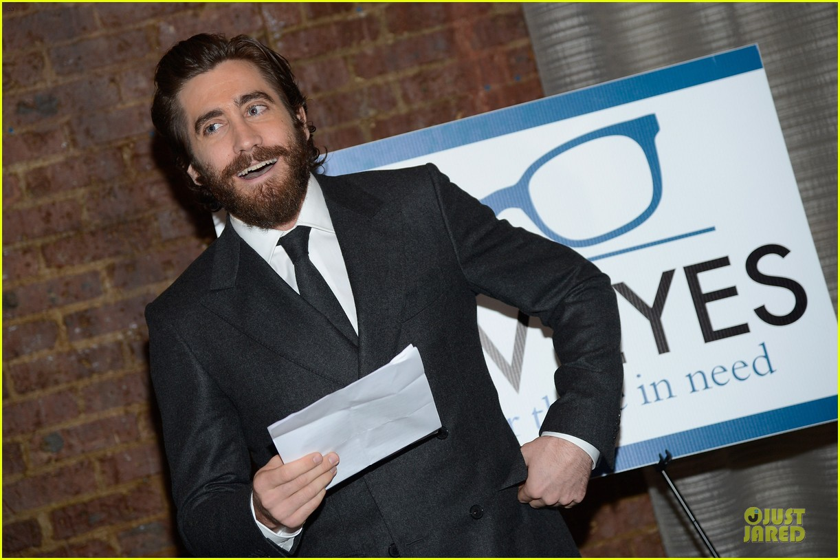 jake gyllenhaal new eyes for the needy gala honoree 062761171