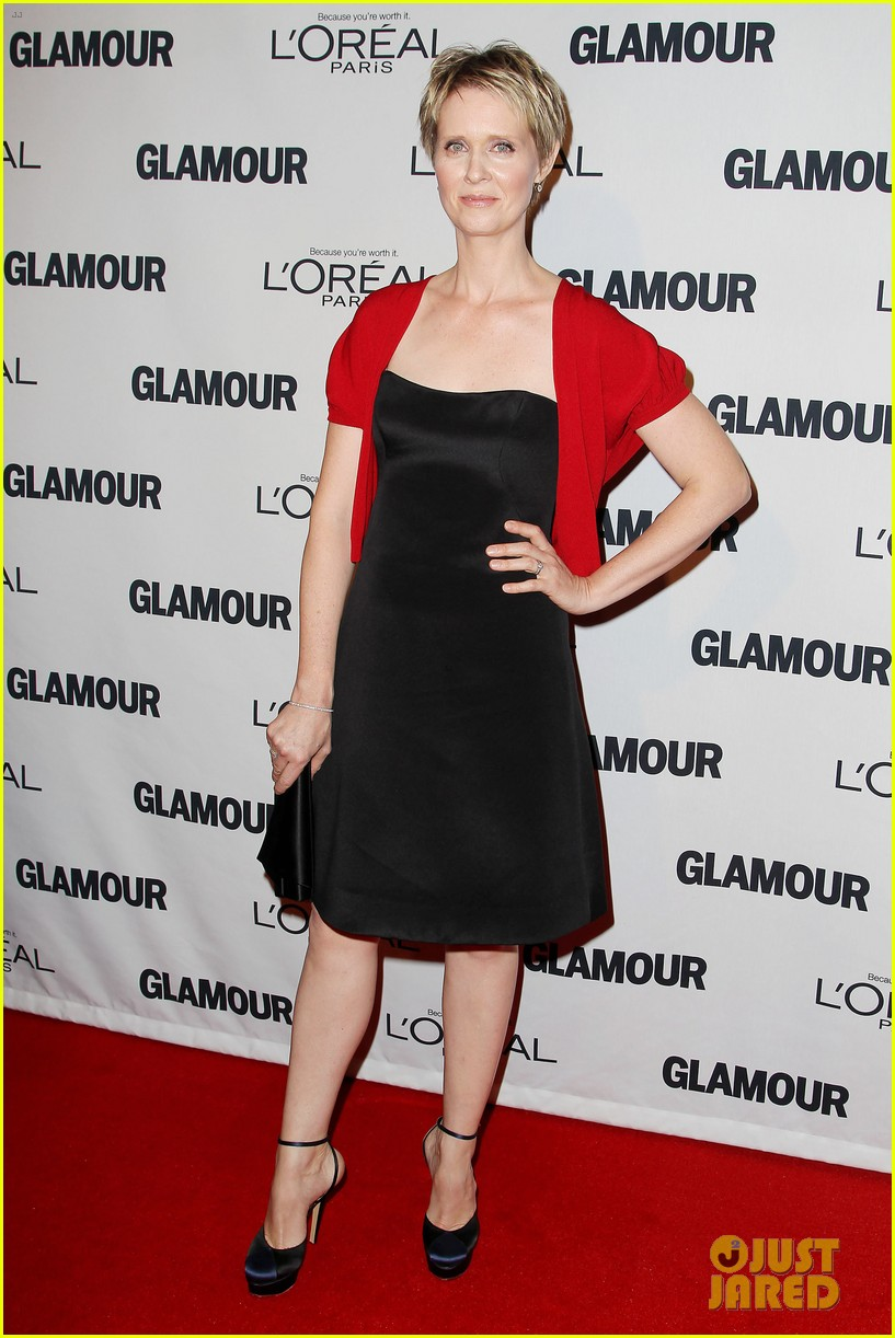 lena dunham glamour women of the year awards 2012 09