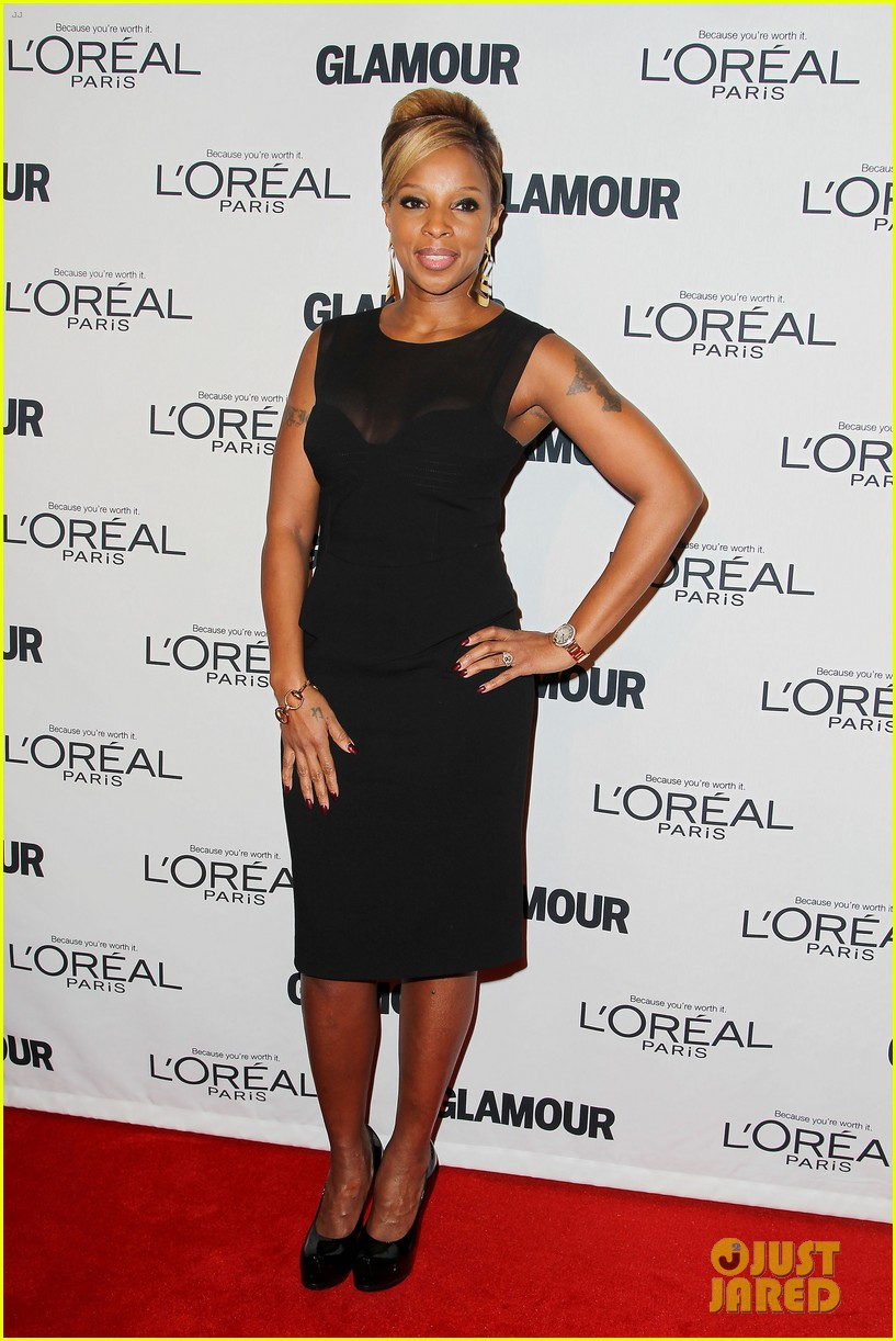 lena dunham glamour women of the year awards 2012 18