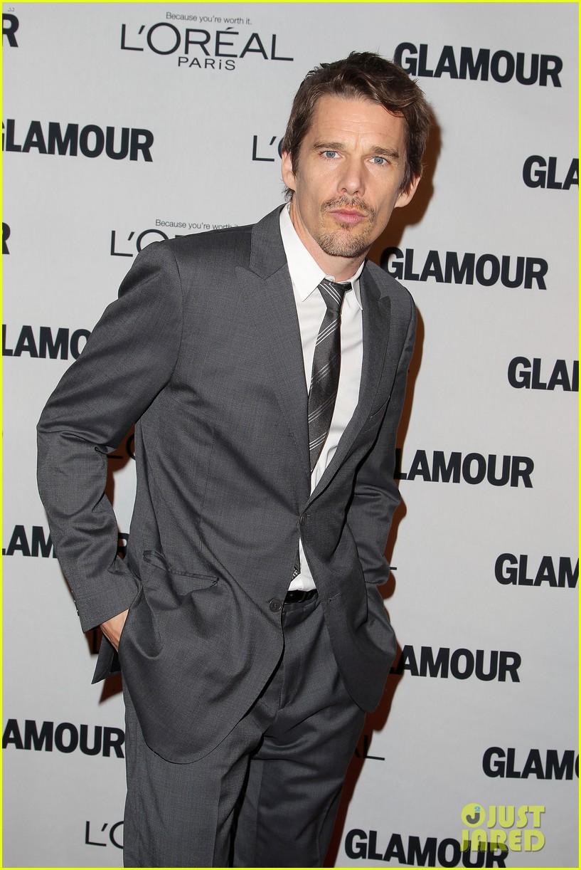 lena dunham glamour women of the year awards 2012 28