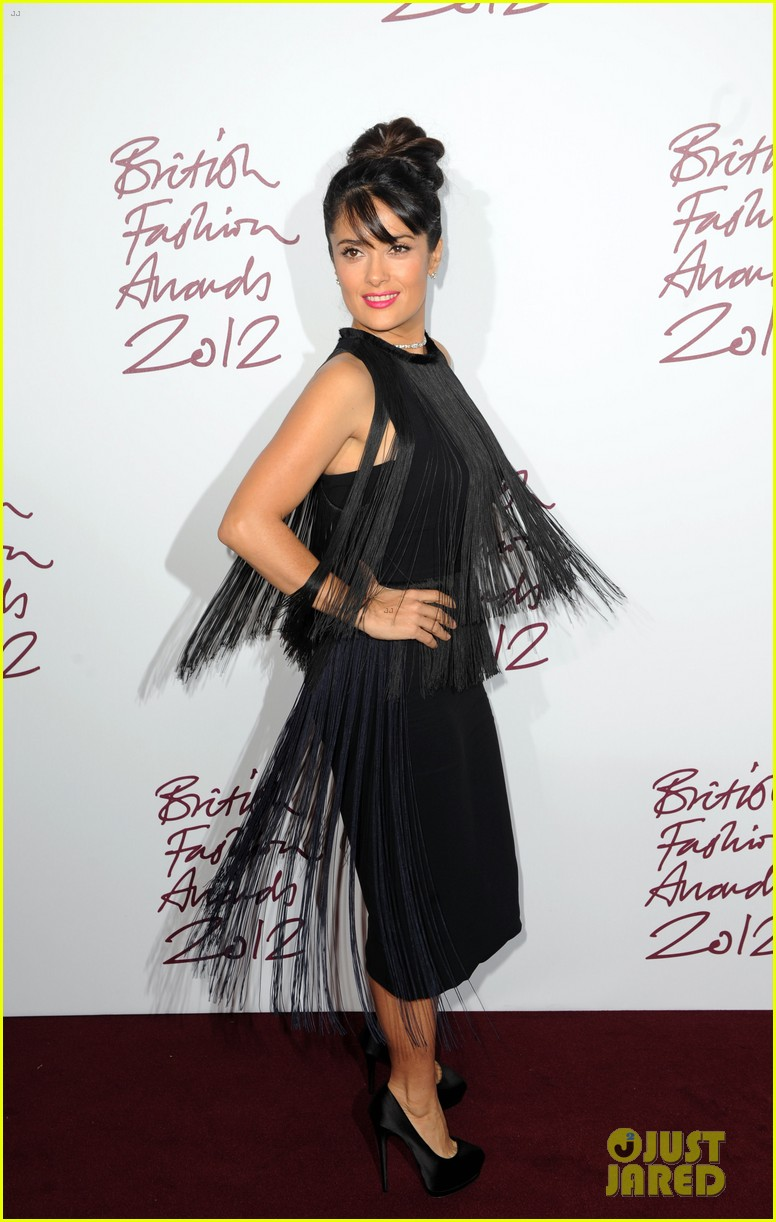 salma hayek rita ora british fashion awards 2012 01