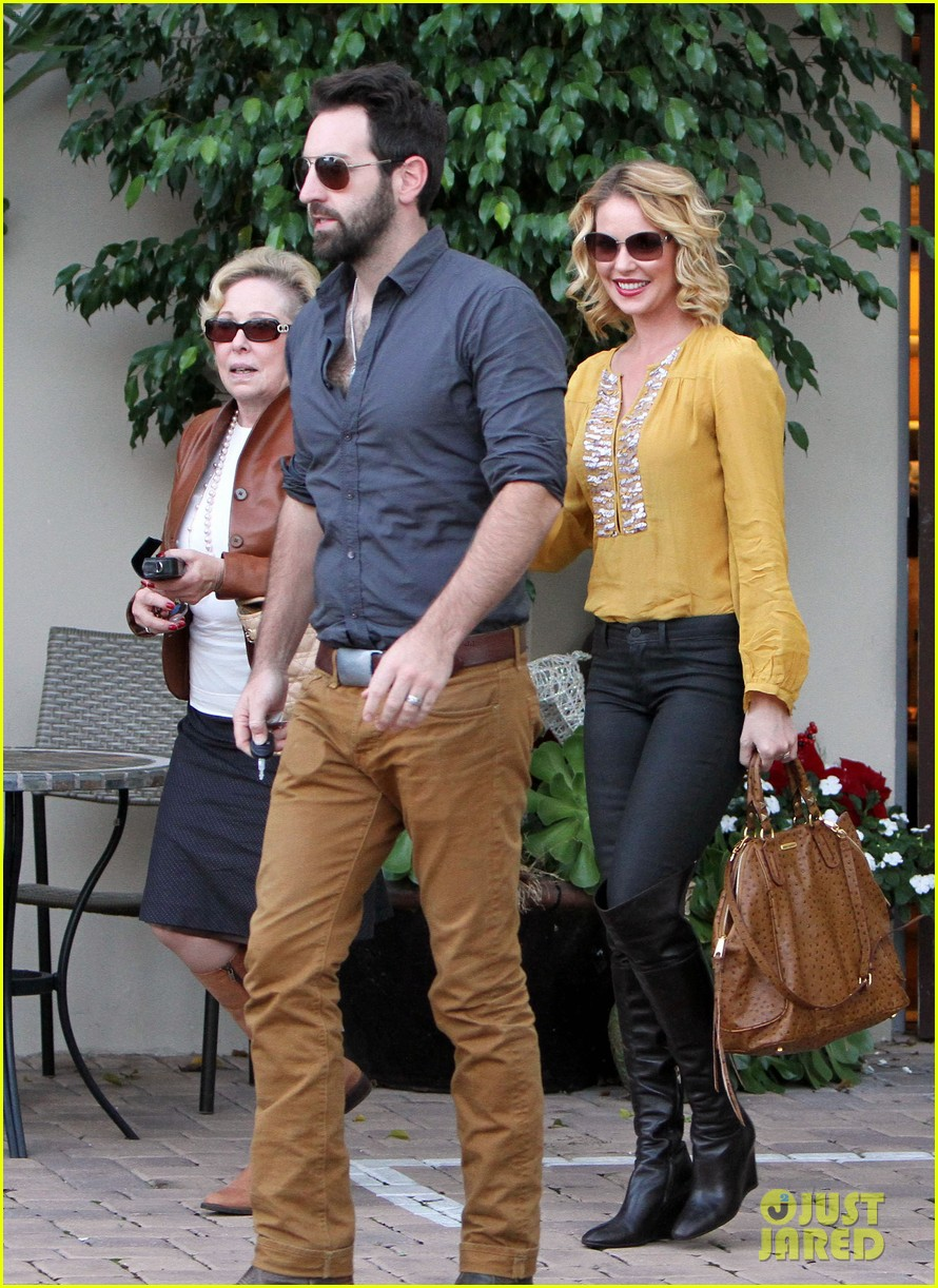 katherine heigl birthday lunch with josh kelley mom nancy 16