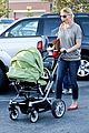 katherine heigl josh kelley naleigh birthday party shopping 07