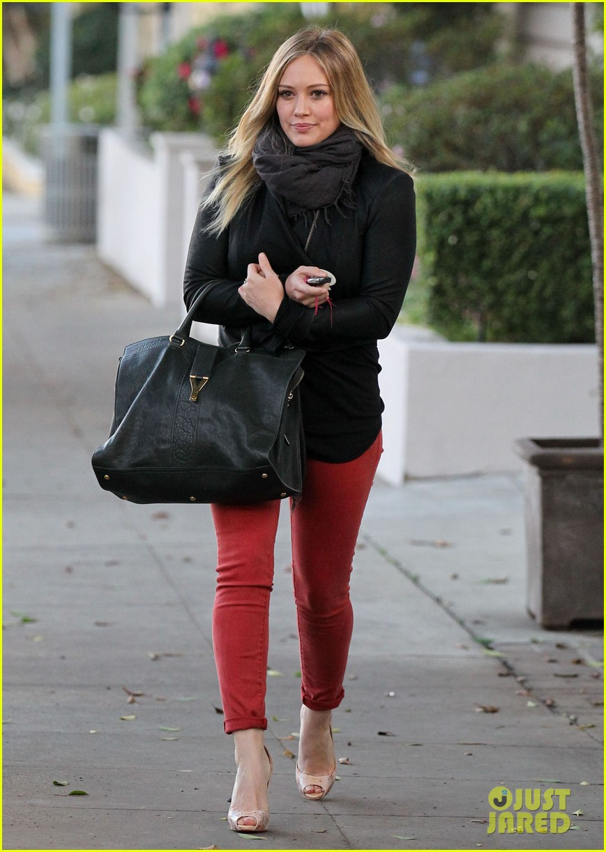 hilary duff chris mcmillan salon appointment 01