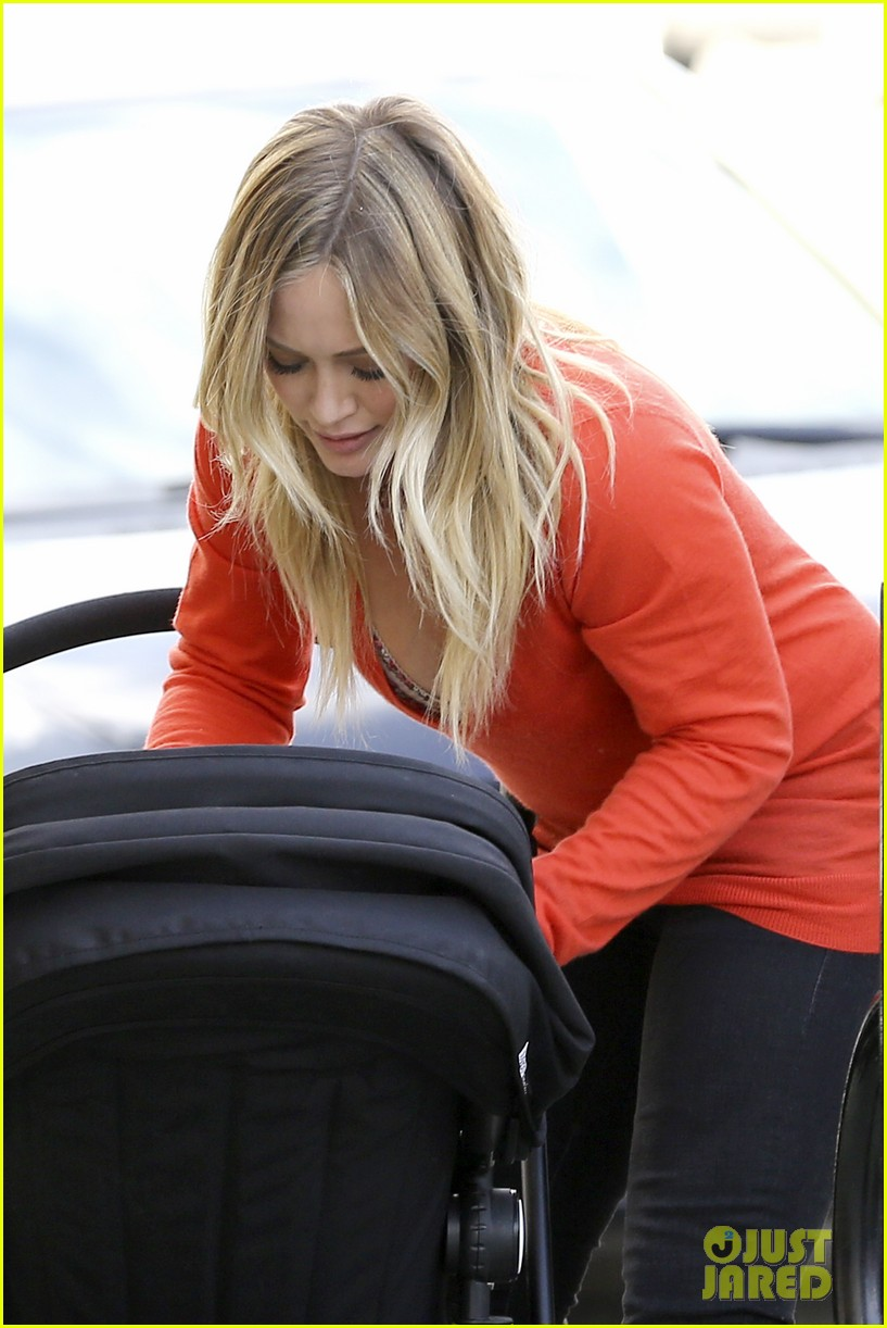 hilary duff its beginning to look like christmas 292766296