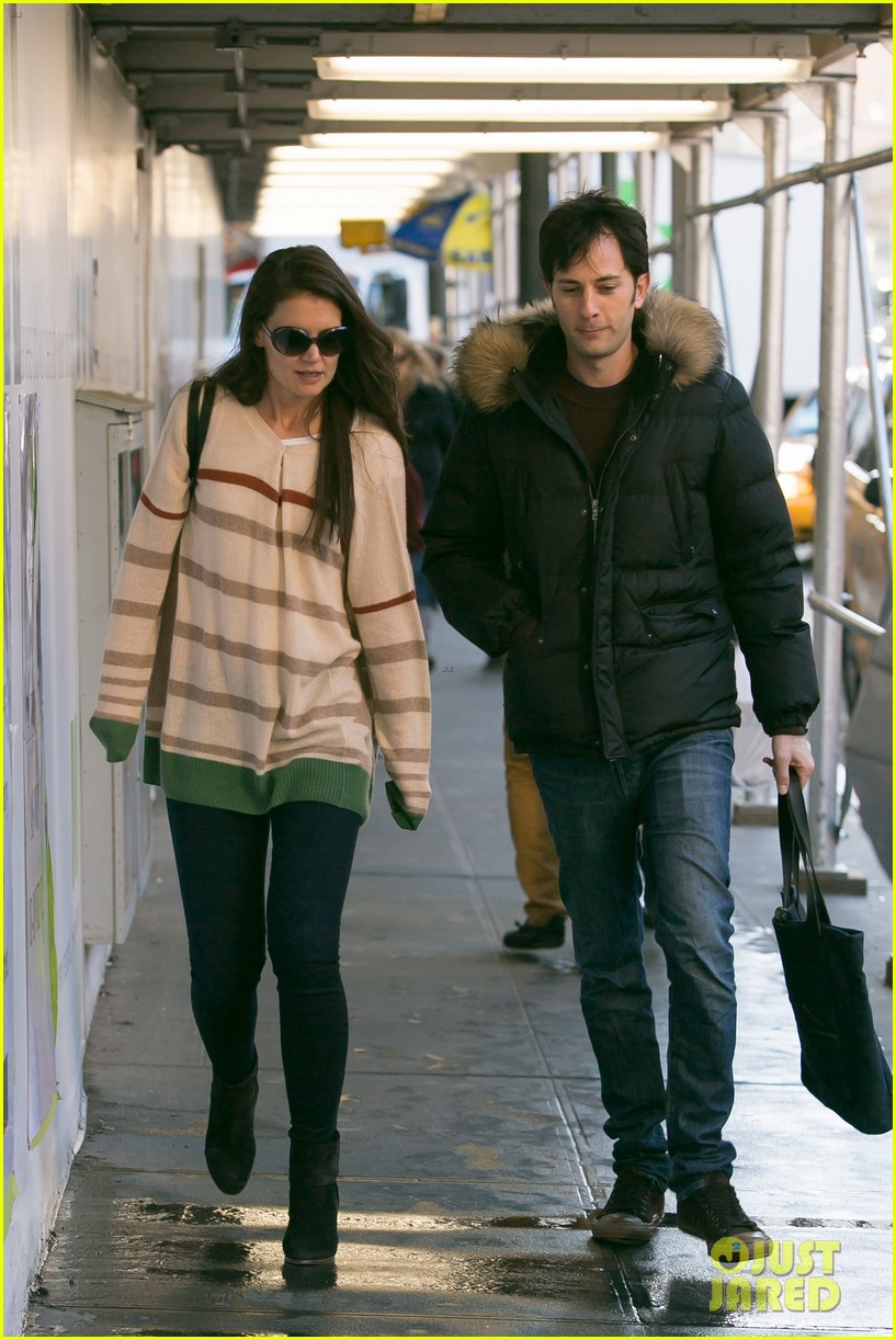 katie holmes commutes to work with male pal 192757596
