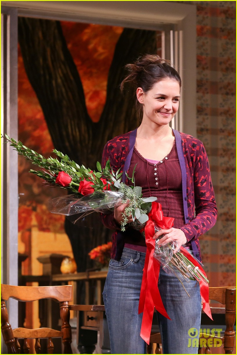 katie holmes dead accounts opening night on broadway 04