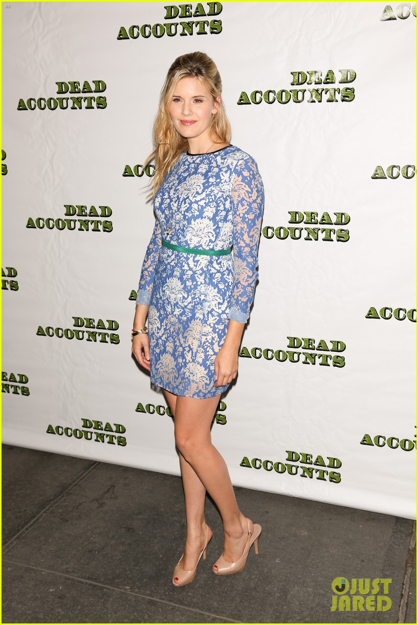 katie holmes dead accounts opening night on broadway 052766504