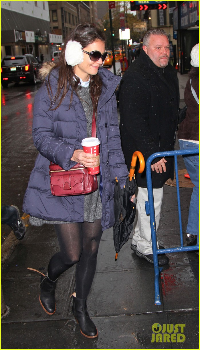 katie holmes snowy dead accounts arrival 12