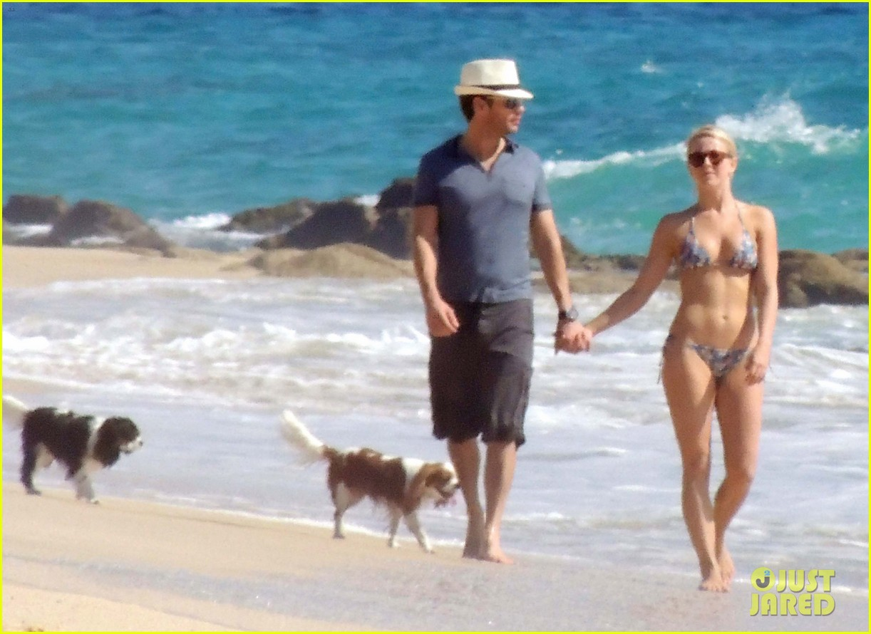 julianne hough bikini beach day ryan seacrest 15