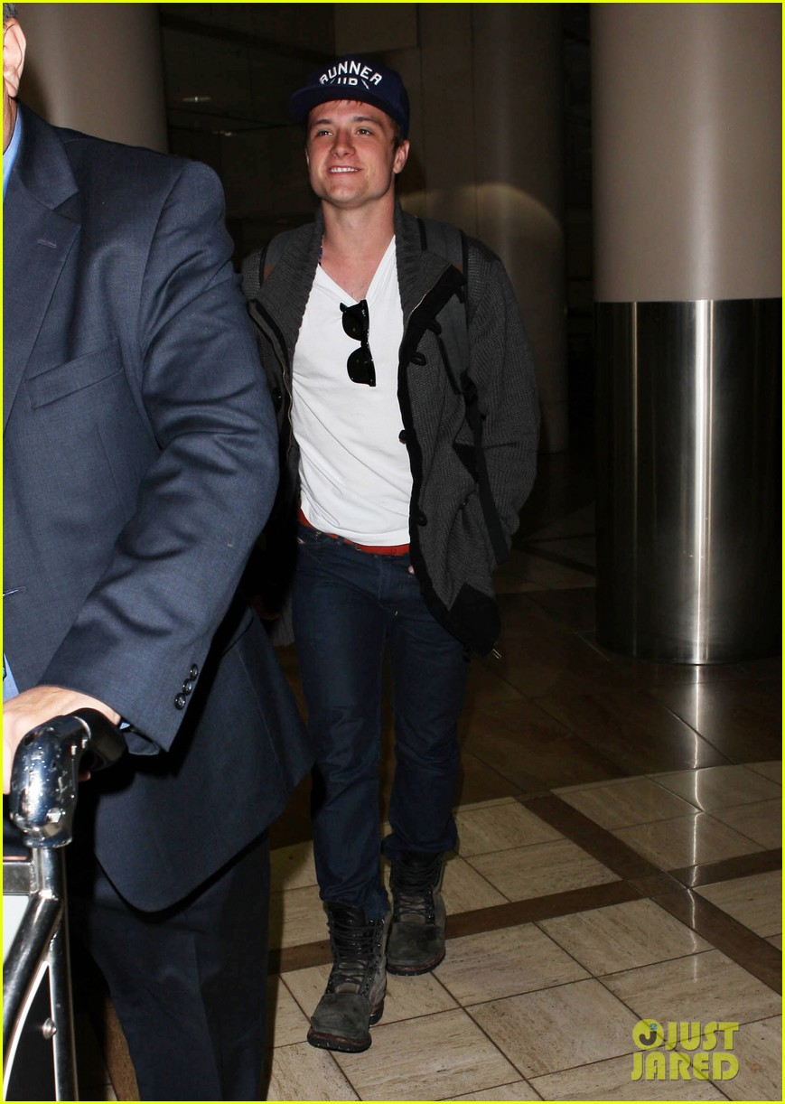 josh hutcherson back in la 07