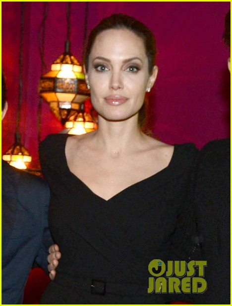 angelina jolie the impossible screening host 02