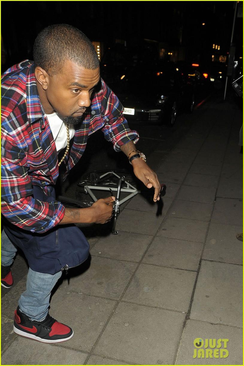 kim kardashian hakkasan dinner with kanye west 13