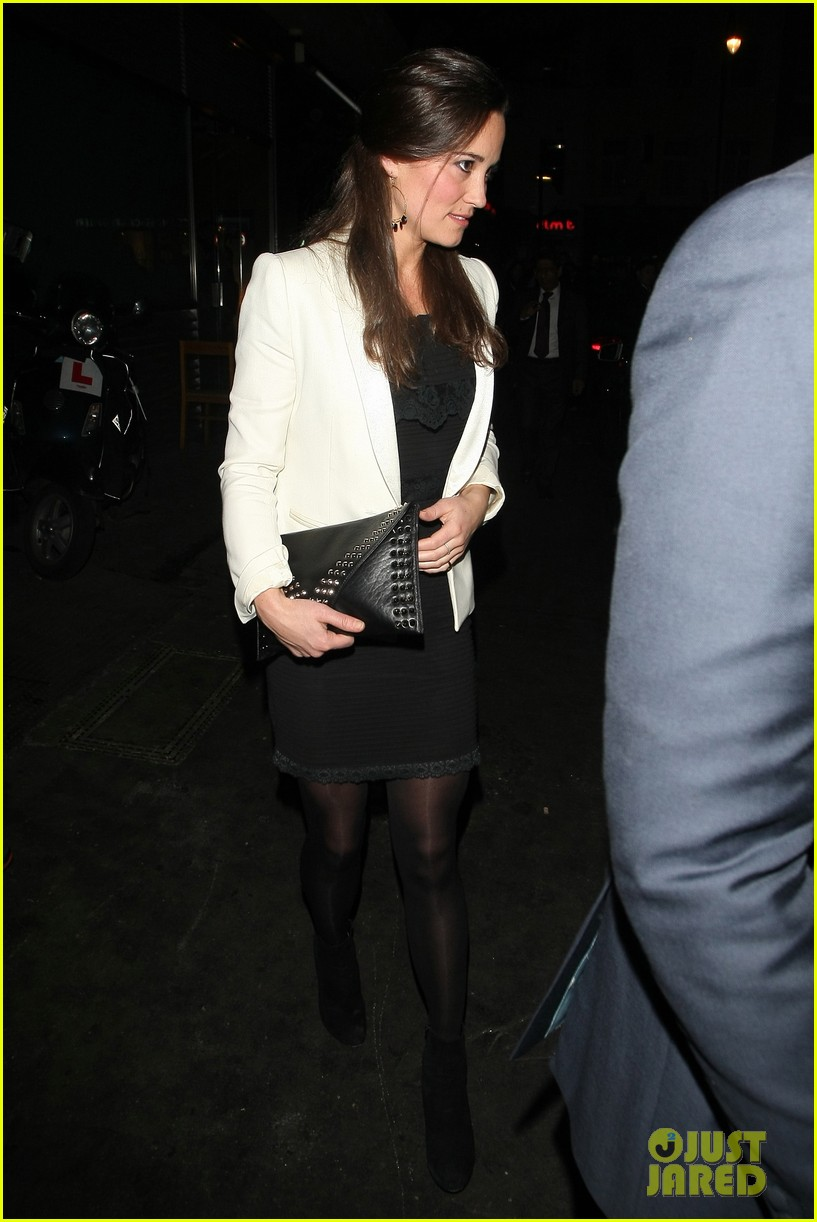 duchess kate pippa middleton separate london outings 05