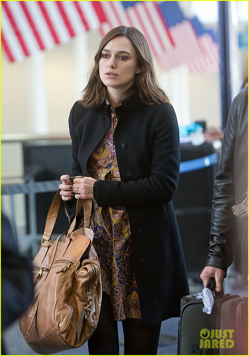 keira knightley i feel immense pressure to look a certain way 01