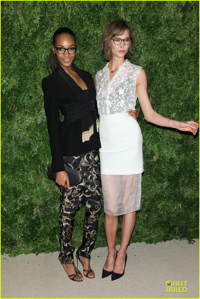 miranda kerr karlie kloss cfda vogue fashion fund awards 232757059